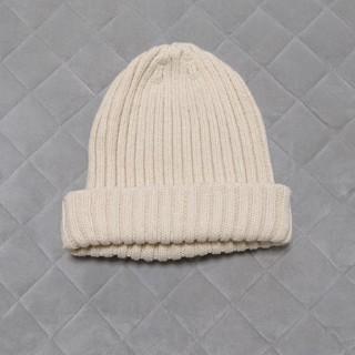 アースミュージックアンドエコロジー(earth music & ecology)の白いニット帽(ニット帽/ビーニー)