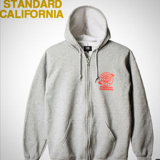 スタンダードカリフォルニア(STANDARD CALIFORNIA)のスタンダードカリフォルニア別注ジップフード(パーカー)