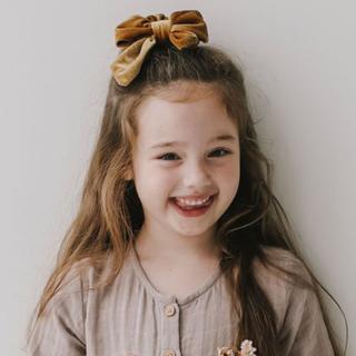 キャラメルベビー&チャイルド(Caramel baby&child )の新品未使用 Jamie Kay ヘアゴム ヘアアクセサリー ゴールド ベルベット(その他)