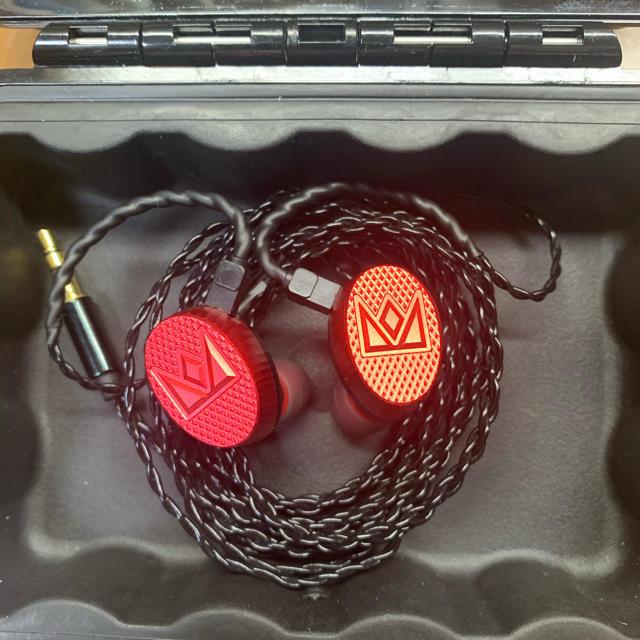 iriver(アイリバー)の【限定】Noble Audio Kaiser10  スマホ/家電/カメラのオーディオ機器(ヘッドフォン/イヤフォン)の商品写真