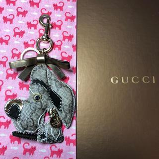 グッチ(Gucci)のグッチ(GUCCI)⭐️キーホルダー チャーム 犬 グレートデンのウリッセ(キーホルダー)