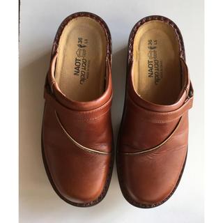 ビルケンシュトック(BIRKENSTOCK)のNAOT フローレンス36(ローファー/革靴)