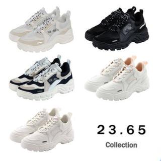 23.65(スニーカー)