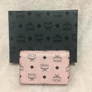 エムシーエム(MCM)のMCM ピンク 三つ折り 財布 💜(財布)