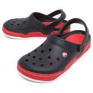 クロックス(crocs)のラスト1 クロックス 25cm ブラック レッド フロントコート クロッグ(サンダル)