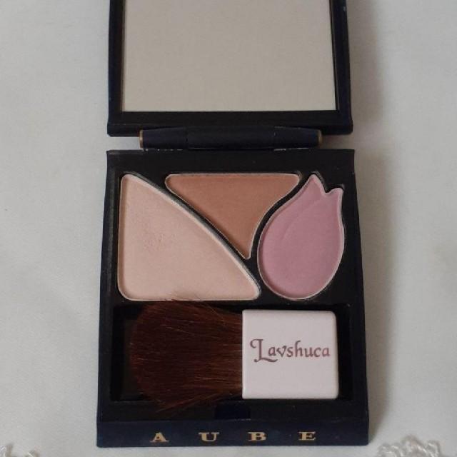 AUBE(オーブ)の花王 AUBEアイシャドー PK683 価格:3500円 コスメ/美容のベースメイク/化粧品(アイシャドウ)の商品写真