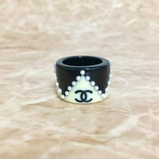 シャネル(CHANEL)の正規品 シャネル 指輪 ココマーク パール ロゴ ベージュ ブラック 金 リング(リング(指輪))