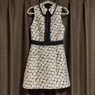 アリスアンドオリビア(Alice+Olivia)のアリスアンドオリビア 花柄刺繍 ワンピース ドレス(ひざ丈ワンピース)