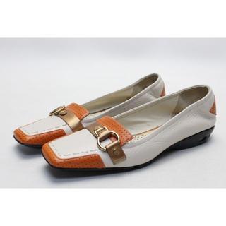 コールハーン(Cole Haan)の101■COLE HAAN ナイキエア 本革デザインローファー(5半B)超美品(ローファー/革靴)