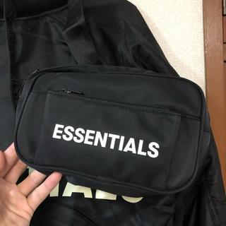 フィアオブゴッド(FEAR OF GOD)のFOG essentials waist bag バック (ウエストポーチ)