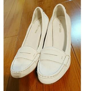 セルジオロッシ(Sergio Rossi)の値下げセルジオロッシ白ローファー(ローファー/革靴)