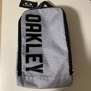 オークリー(Oakley)のオークリー ゴルフシューズ入れ 【新品タグ付き】(シューズバッグ)