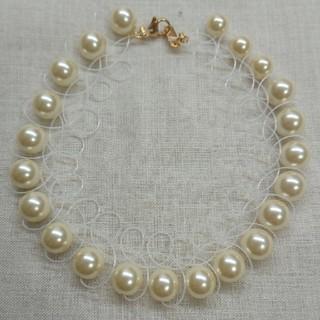 オパールホワイトのテグス×グラスパールが清楚なタトゥーネックレス(ネックレス)