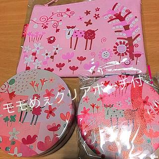 カルディ(KALDI)の新品カルディ限定 モモめぇ缶&モモメェミラー+モモめぇクリアポーチ付4品セット(キャラクターグッズ)