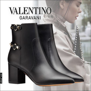 VALENTINO - 新作VALENTINOブーティー ブーツ