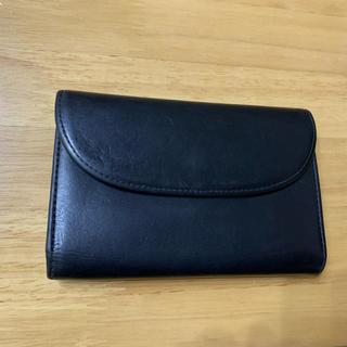 ホワイトハウスコックス(WHITEHOUSE COX)のホワイトハウスコックス  ダービーコレクション  革素材 ホースハイド(馬革)黒(折り財布)