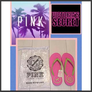 ヴィクトリアズシークレット(Victoria's Secret)の新品タグ付き Victoria's Secret  PINK ビーチサンダル❷(ビーチサンダル)