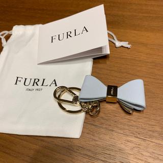 Furla - FURLA 薄い水色のリボンキーホルダー