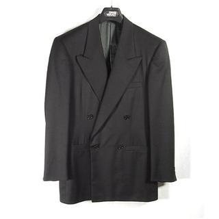 ジャンニヴェルサーチ(Gianni Versace)のsize46相当☆極美品☆ジャンニヴェルサーチ ブラックジャケット ダブル(テーラードジャケット)