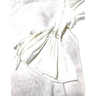 ジバンシィ(GIVENCHY)のGIVENCHY ジバンシー  フリル袖 7分袖 サテンブラウス 美シルエット (シャツ/ブラウス(長袖/七分))