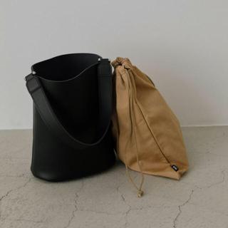 エンフォルド(ENFOLD)のrim.ark  リムアーク  leatherbucket mini back(ショルダーバッグ)
