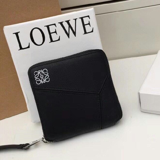LOEWE財布の通販 by トリトリ's shop