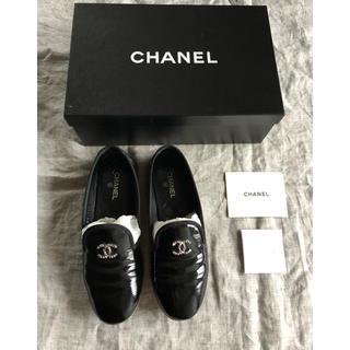 シャネル(CHANEL)の美品シャネル CHANEL ココマーク オペラフラットシューズ(ローファー/革靴)