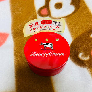 ギュウニュウセッケン(牛乳石鹸)の牛乳石鹸  赤箱ビューティクリーム(ボディクリーム)