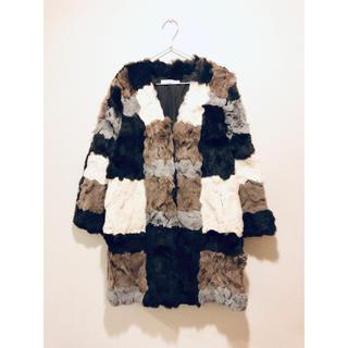 アグノスト(AGNOST)のラビットファー ミックスカラー コート(毛皮/ファーコート)