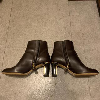 フェラガモ(Ferragamo)のフェラガモ  ショートブーツ  6ハーフD(ブーツ)