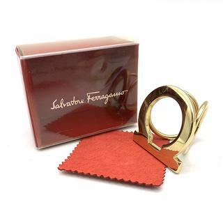 サルヴァトーレフェラガモ(Salvatore Ferragamo)のフェラガモ 箱付き スカーフリング ゴールド 43f4eb95(その他)