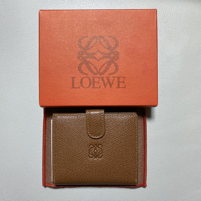 メンズ サンダル スーパーコピー時計 / LOEWE - 極上品 ロエベ LOEWE 折財布 二つ折り財布 キャメル アナグラムの通販 by 💫Blue Solar Water💫