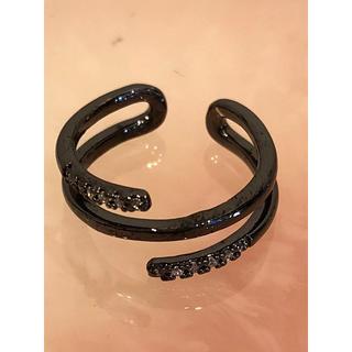 アクセサリー ファッションピンキーリング ブラック×ジルコニア トルネード(リング(指輪))