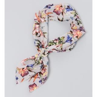 ジーナシス(JEANASIS)のJEANASIS ライトグレー リングツキスカーフ 新品未使用品(バンダナ/スカーフ)