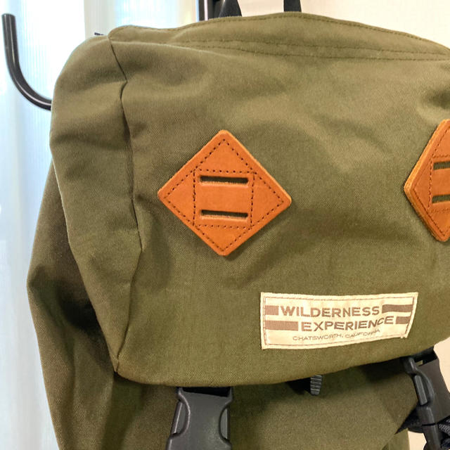 BEAMS(ビームス)のWILDERNESS EXPERIENCE バックパック オリーブ色 メンズのバッグ(バッグパック/リュック)の商品写真