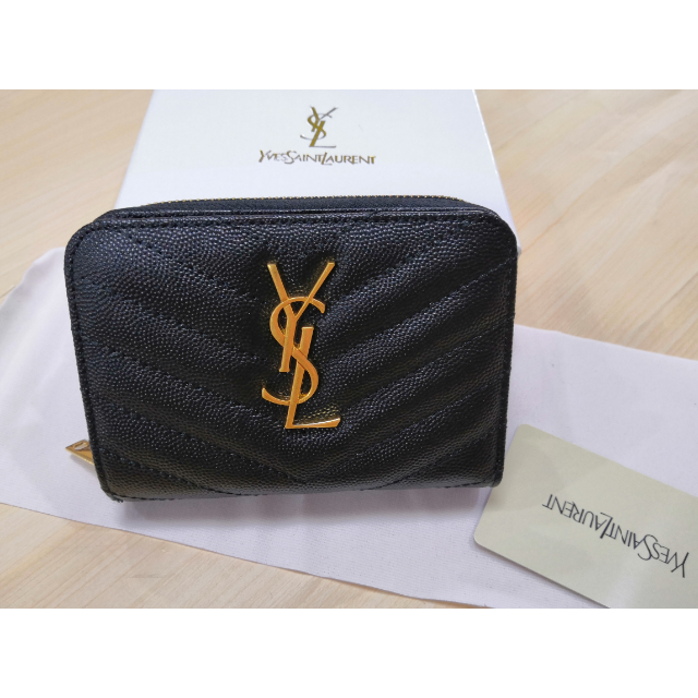 ブランド スーパーコピー 時計 見分け方 、 Saint Laurent - ✿お勧め Y.S.Lサンローラン 折り財布 正規品 刻印 人気の通販 by かなこ's shop