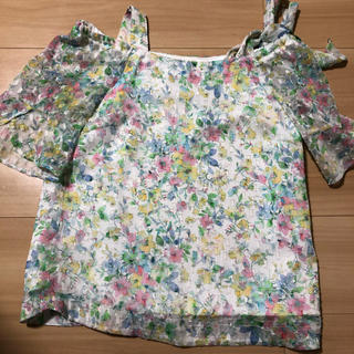 ミッシュマッシュ(MISCH MASCH)のミッシュマッシュ 花柄 半袖 肩リボン(Tシャツ(半袖/袖なし))