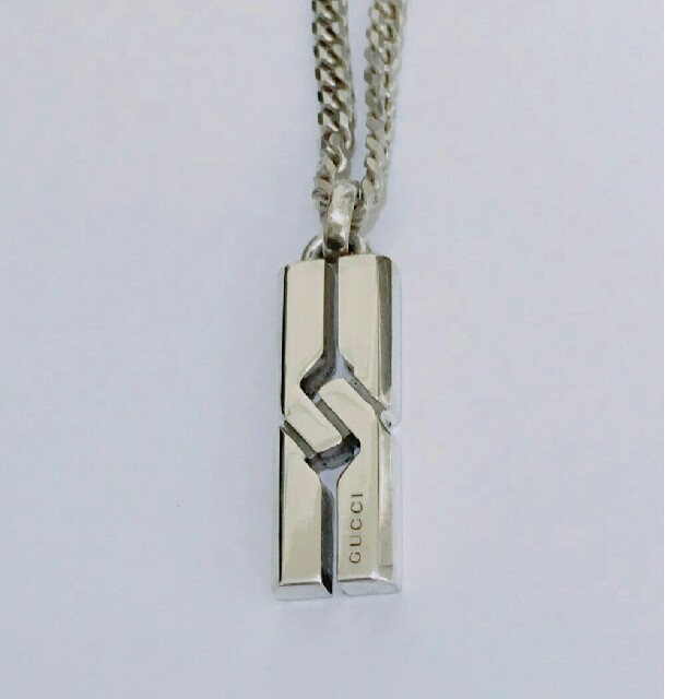 グッチ 折りたたみ財布 コピー 、 Gucci - GUCCI インフィニティ ネックレスの通販 by yu