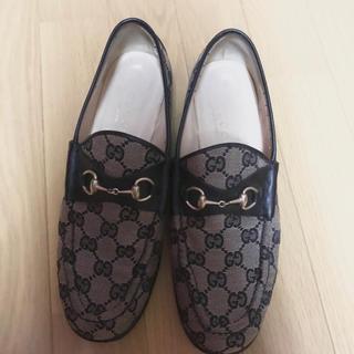 グッチ 財布 激安 偽物ヴィトン 、 Gucci - グッチ ローファーの通販