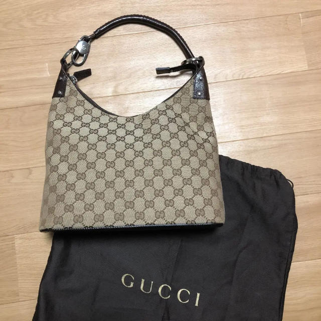 Gucci - 本日限定値下げ✨GUCCIショルダーバックの通販 by diesel