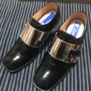 エンフォルド(ENFOLD)のUN3D. アンスリード サイドバックルマニッシュシューズ 37(ローファー/革靴)