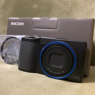 リコー(RICOH)のRICOH リコー GR GR 3(初回生産ブルーリング付) (コンパクトデジタルカメラ)