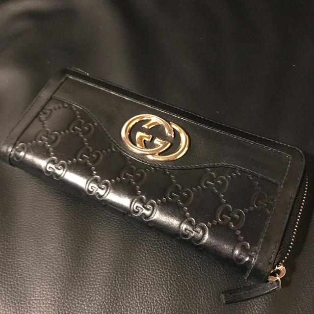om-dアクセサリー 、 Gucci - 正規品 GUCCI 長財布 シマレザー ブラックの通販 by ラクマ