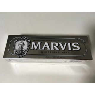 マービス(MARVIS)の5本価格【新品】MARVIS ホワイトニングミント◆増量サイズ85ml◆(歯磨き粉)