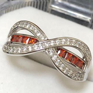 インフィニティリング✨ホワイト&レッドジルコニア 指輪(リング(指輪))