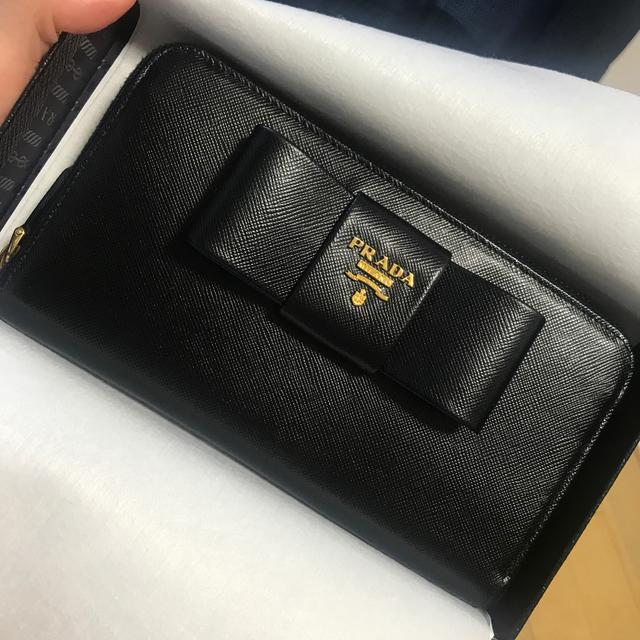 PRADA - PRADA  ラウンドファスナー 財布の通販 by れもん's shop
