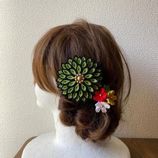 つまみ細工の髪飾り(和装小物)