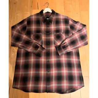 ラッドミュージシャン(LAD MUSICIAN)のLAD MUSICIAN チェックシャツ 赤 42(シャツ)