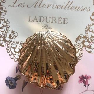 ラデュレ(LADUREE)のラデュレ 24kコーティング  貝殻パウダーケース 新品(その他)