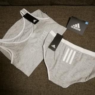 アディダス(adidas)の新品 adidas ブラタンクトップ&ショーツ セット(送料込)(ブラ&ショーツセット)